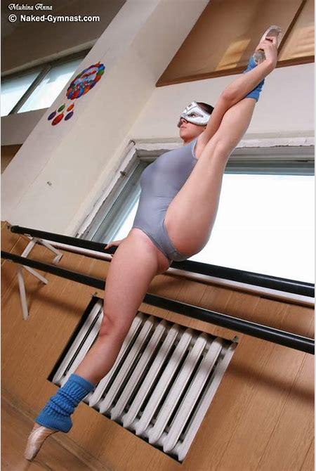Nude underwater ballet