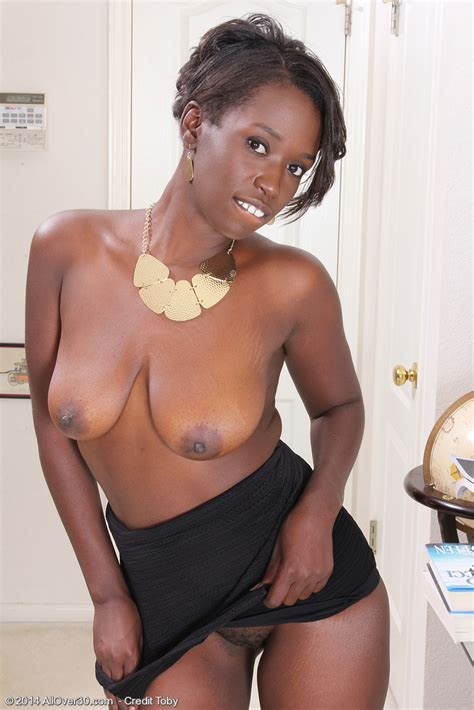 Fine Ebony Milf Sayanna Monroe Caress Her Miffy Milf Fox