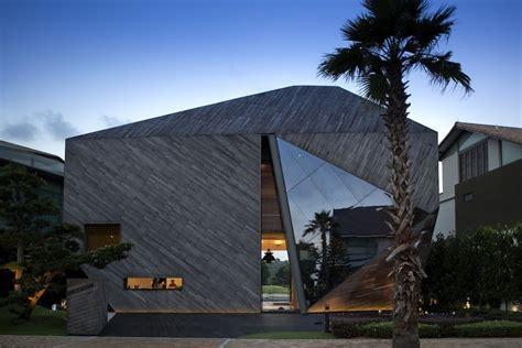home design diamonds house formwerkz architects archdaily