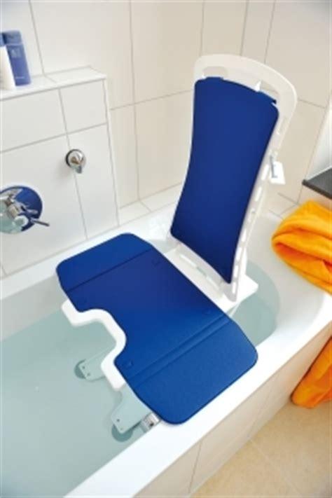 si鑒e de bain pivotant chaise de baignoire pour handicape 28 images si 232 ge de bain le guide pour s 233 curiser sa baignoire sanitaires du site chauffage