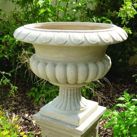 the garden feature company barkestone urn 33cm garden