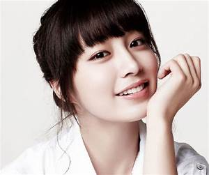 Lee Min-jung Biography - Facts, Childhood, Family Life of ...