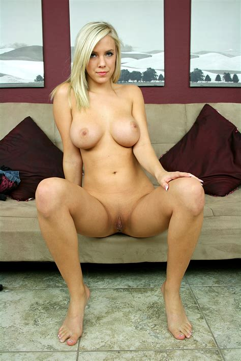 Bibi Jones Strips For Us Porn And Teen
