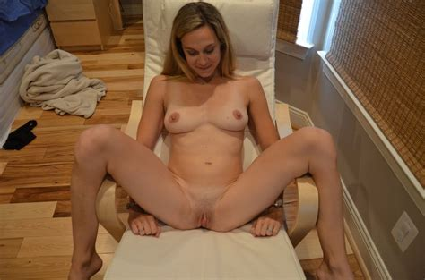 Title Wife With Great Body Showing Off Her Pussy Photo