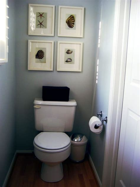 Small Bathrooms Ideas Pictures by 25 Best Ideas About Small Half Bathrooms On