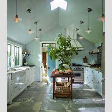 Designer Steven Gambrel's 8 Favorite Kitchen Designs