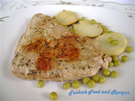 baked tuna steak baked tuna steaks firinda ton baligi