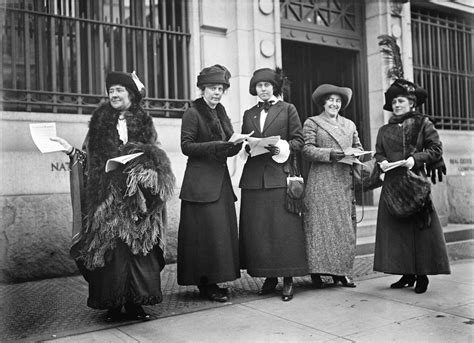 History In Photos Harris & Ewing Suffragettes