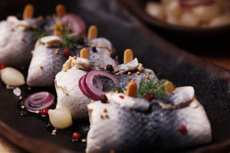 come cucinare le aringhe affumicate la cucina norvegese in 11 ingredienti tipici agrodolce