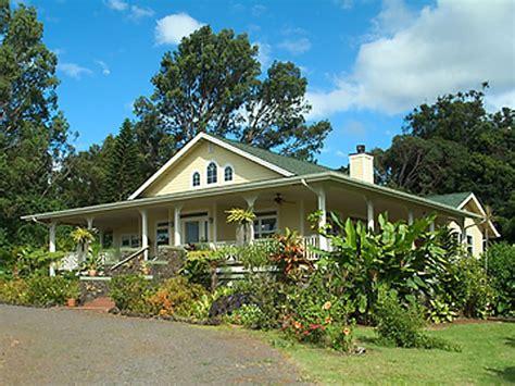 plantation style hawaiian plantation style home kitchens hawaiian