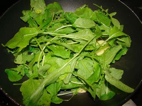 cuisiner feuilles de radis espuma de fanes de radis recette