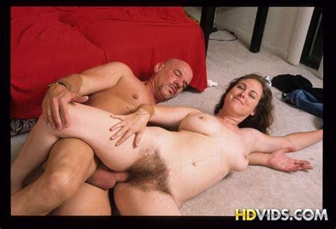 Shannon Hairy Mature Ladies Fucking