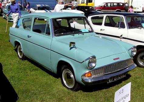 1967.ford.anglia.arp.750pix.jpg