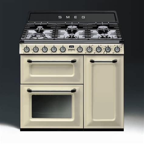 Smeg Victoria Aesthetic Dual Fuel 90cm Range Cooker Tr93p