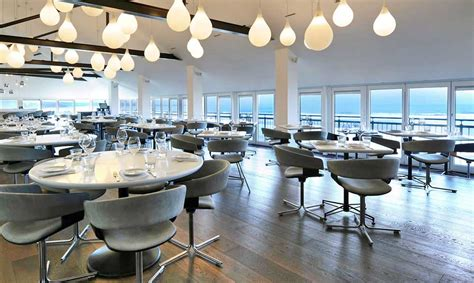 fifteen cornwall oliver jamie bay watergate restaurant restaurants lunch hotel christmas foodie diary november beach dining arbuturian