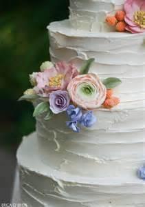 buttercream wedding cakes rustic buttercream sugar flowers