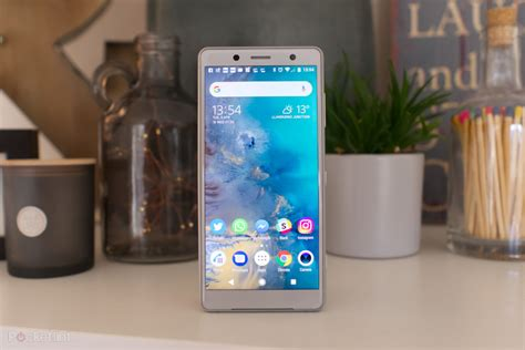 sony xperia xz2 compact review if small is your all