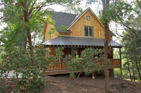 Asheville, North Carolina 28805 Listing #18761 — Green