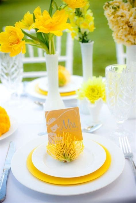 The Bloom Of Spring In A Daffodil Wedding Theme Topweddingsitescom