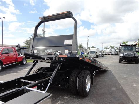 2019 New International 4300 22ft Jerrdan Rollback Tow