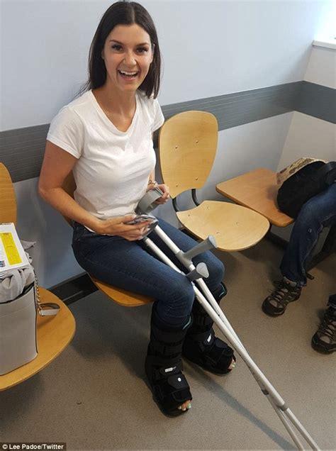 Leg Crutch Bing Images - Classycloud co