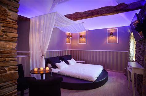 chambre a coucher avec lit rond chambre lit rond acheter mobilier de chambre king size