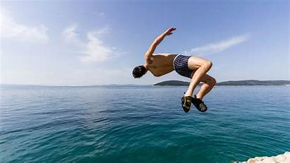 Jumping Cliff Water Deep Croatia Soloing Split