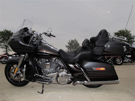 Harley Davidson Road Glide Ultra by 2016 Used Harley Davidson Cvo Road Glide Ultra Fltruse Cvo