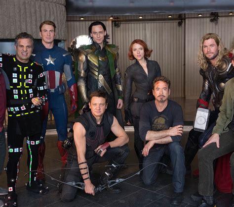 Mark Ruffalo, Chris Evans, Tom Hiddleston, Jeremy Renner ...