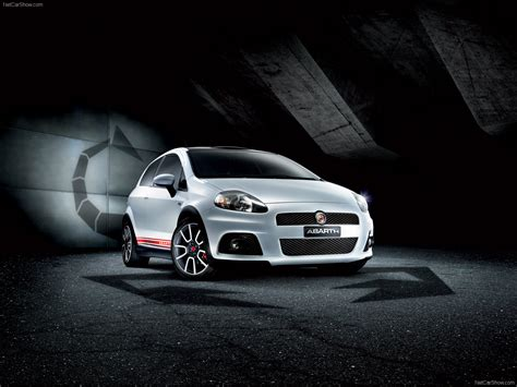 fiat grande punto abarth preview  pictures