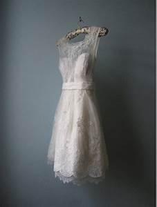 Inspiring Photos of Vintage Short Lace Wedding Dresses ...