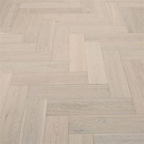 laminate kitchen flooring 25 best ideas about whitewash wood on how to 3638