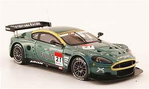 Aston Martin Miniature : aston martin dbr9 miniature akasaka fujita supergt 2009 ebbro 1 43 voiture ~ Melissatoandfro.com Idées de Décoration