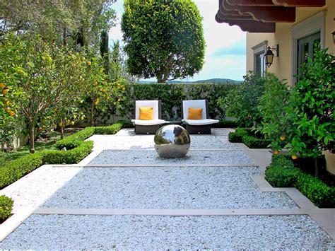 Beautiful Courtyard Landscaping Ideas — Bistrodre Porch