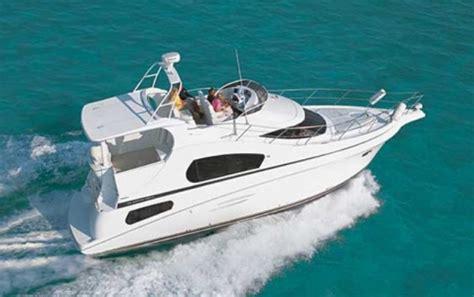 cabin cruisers for top 5 cruisers motor yacht express aft cabin sedan