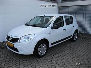 Dacia Sandero 2010 : 2010 dacia sandero 1 4 lpg ambiance 8 frosted car photo and specs ~ Gottalentnigeria.com Avis de Voitures