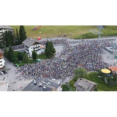 Maratona dles Dolomites 2016 30th Anniversary