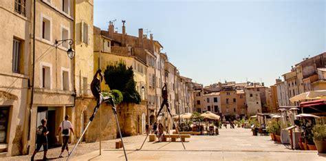 bureau de poste la rotonde aix en provence guide tourisme en provence les hôtels provence