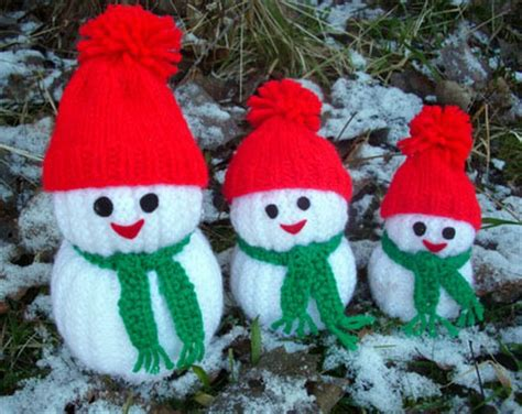 wonderful diy jolly knitted snowmen   patterns