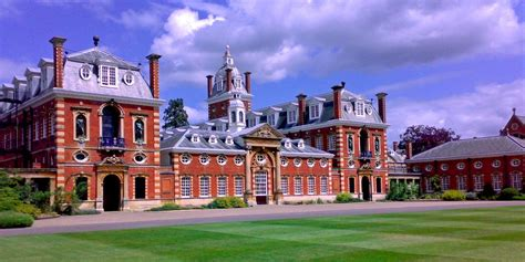 What Are The Most Expensive Boarding Schools In The Uk  Business Insider