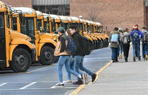 kid school bus saratoga program