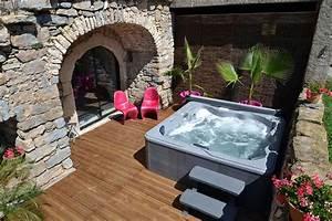 gite et chambre d39hote avec avec spa jacuzzi hammam With chambres d hotes aveyron avec piscine