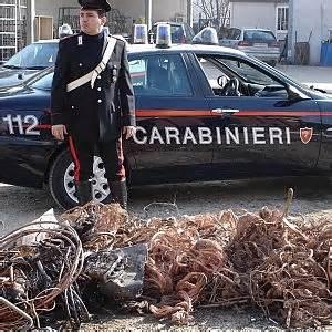 Fabbriche Di Ladari by I Ladri Di Rame Organizzati Come Squadre Di Operai Si