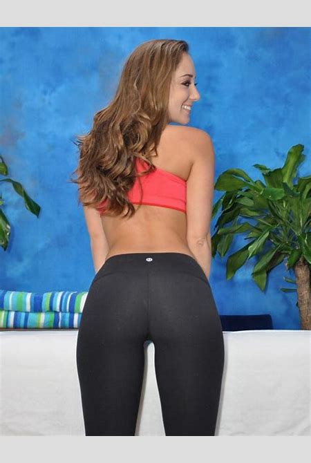17 Best images about I love Yoga Pants on Pinterest | Day ...
