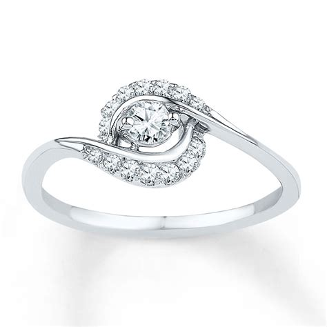 affordable  diamond engagement ring  white gold