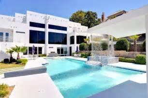 modern bathroom idea four bedroom luxurious waterfall mansion in dallas