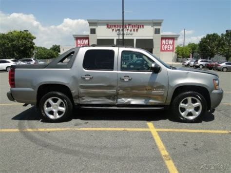 Sell Used Chevrolet Avalanche
