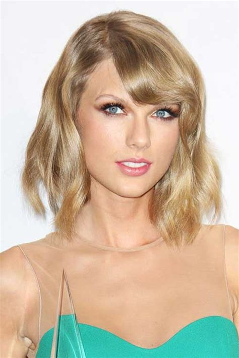 Bangs Hairstyles For Hair by 20 Wavy Hairstyles With Bangs