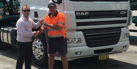 paccar australia paccar australia deliver 39 s 4 000 daf truck paccar daf
