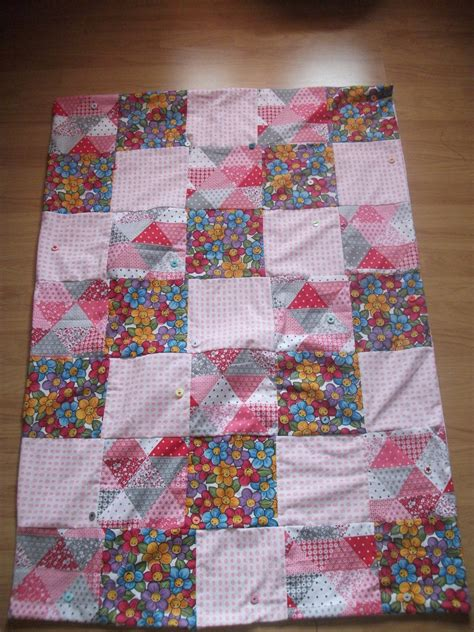 faire un plaid en patchwork tuto coudre un plaid patchwork manali dydy cr 233 ation